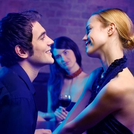 Frauen die mit jedem flirten