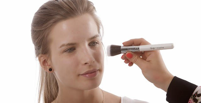 Tages Make up richtig schminken