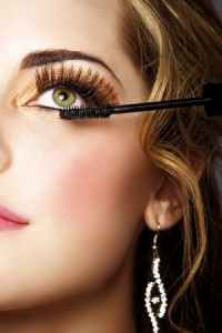 Wimpern richtig schminken